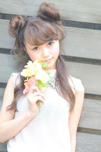 甘〜い雰囲気♡ハーフツインお団子 チャイナドレスに合うヘアスタイルのアイデア 髪型・アレンジ・カットの参考に。