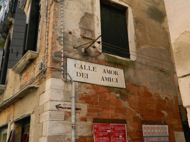 Calle Amor degli Amici Venezia