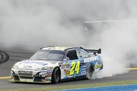 Jeff Gordon 2007 Talladega Special COT doing a burnout!
