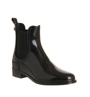 Boots P Shoes