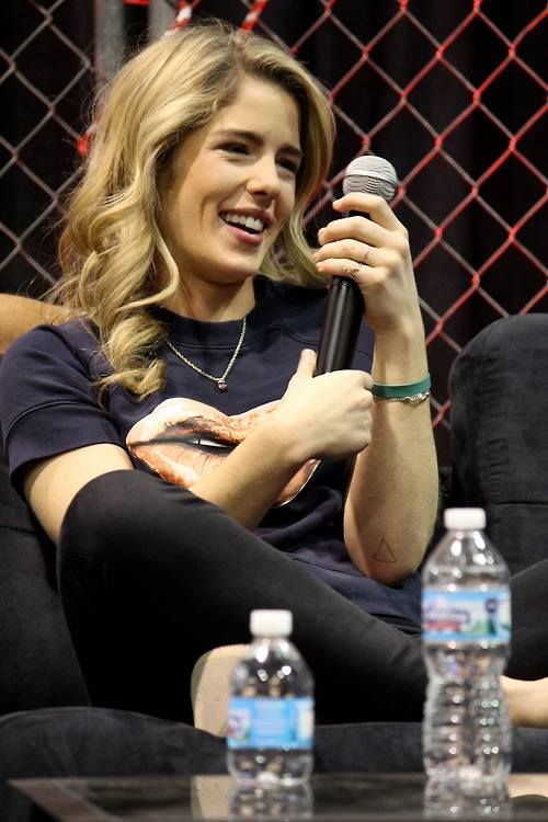 29 best emily bett rickards images on pinterest arrow for Bett spanisch