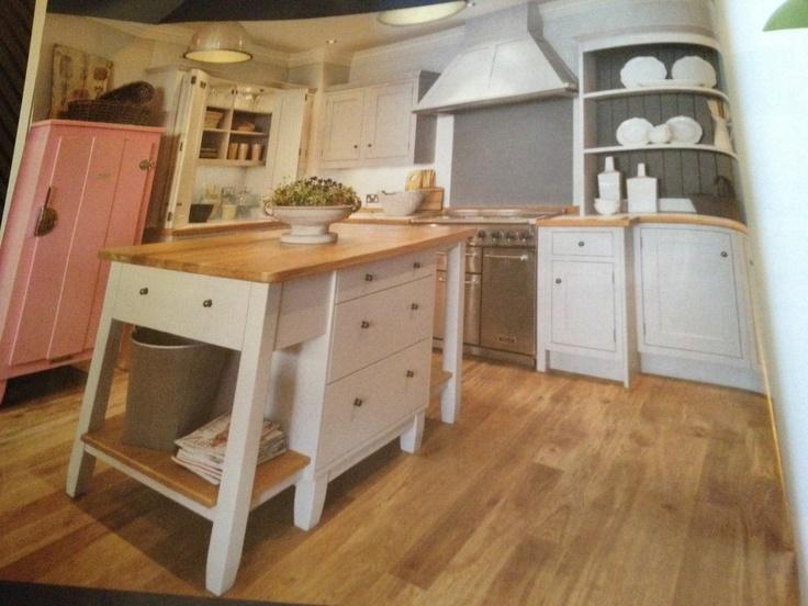 Nice kitchen & floor