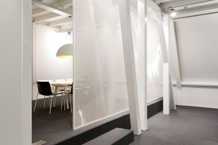 studio-EI -- Office 1: BeaconPartners. Interieurontwerp kantoor, kastenwanden, bespreekplek, belruimte, vergaderzaal, lichtplan. Ontwerp; www.studio-ei.nl Fotografie: www.jkf.nl