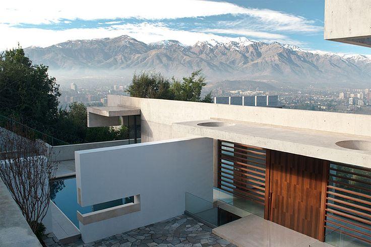 Casa Zaror in Chile by Jaime Bendersky Arquitectos