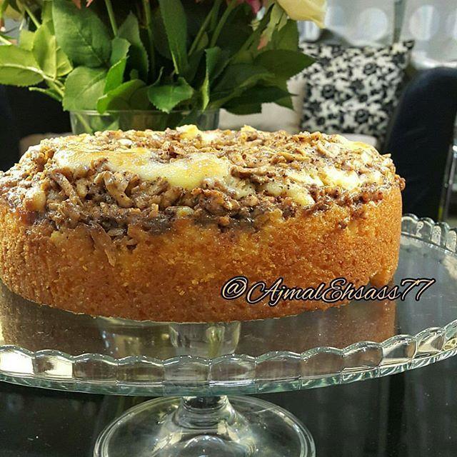 طريقة عمل كيكة الزبادي الهشه بالتفاح Apple Yogurt Cake Armenian Recipes Yogurt Cake Desserts