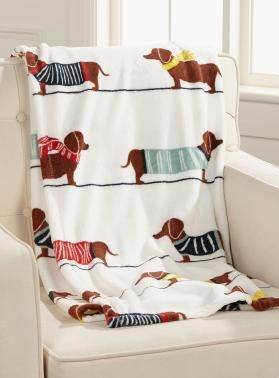 Plush Fleece Dachshund Throw - Dachshund Rescue of North America - Doxie Store