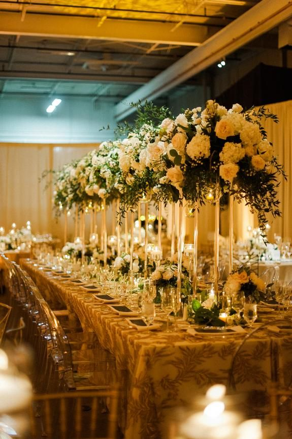 Cozy Chic Wedding At The Holden Room Linen Effects Wedding Party And Event Rental Decor Located In Minneapoli In 2020 Wedding Rentals Fresh Decor Rental Decorating