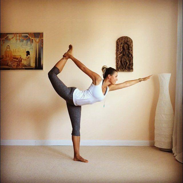 Pin af Anne Skov på Yoga & Hestetrails   Yoga, Ridning