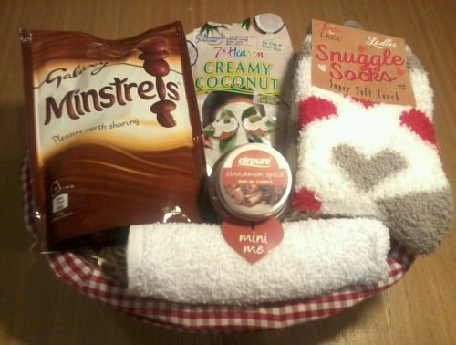 #Womens snuggle socks & face pack #pamper gift hamper girls gift basket #valentin,  View more on the LINK: http://www.zeppy.io/product/gb/2/291936027241/