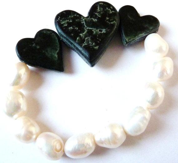 Bracelet Opposites  Handcarved Potstone Hearts Genuine by SiBijoux, €60.00