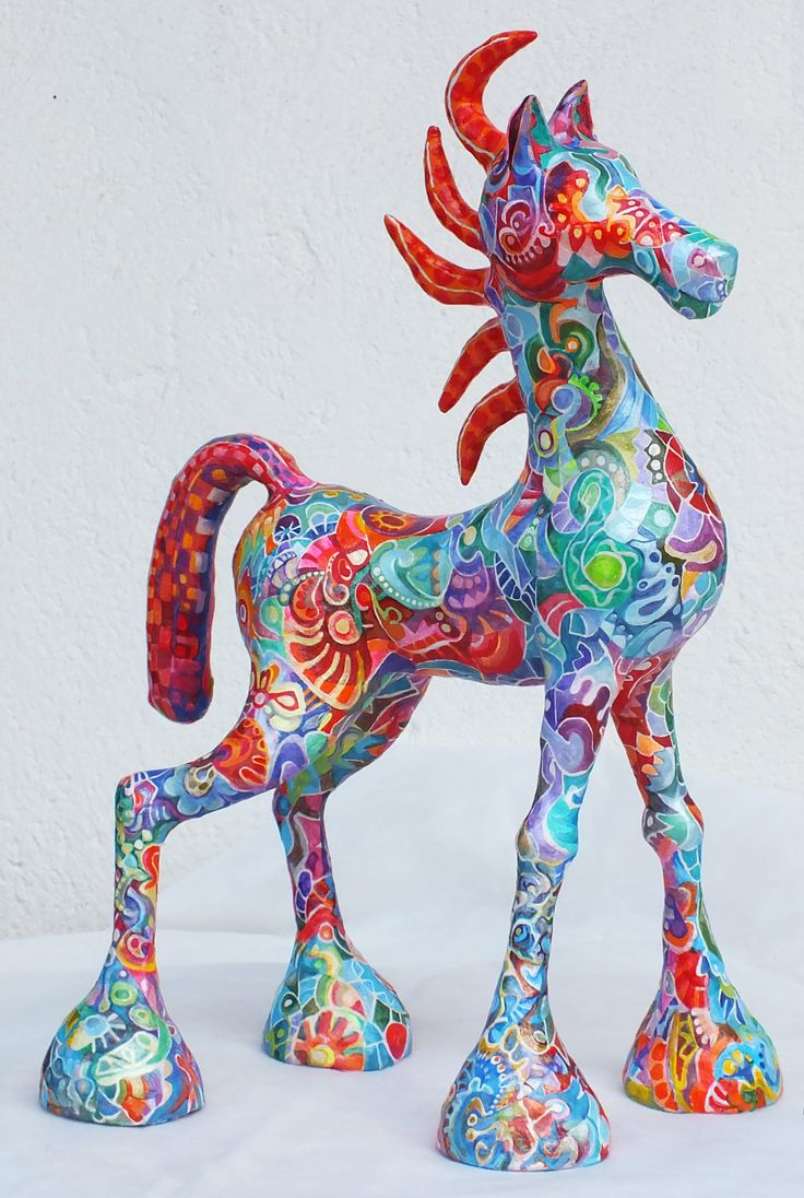 When in grade school, we did a few Paper Mache projects. I made a horse, not as nice as this, but wish I had kept it.
