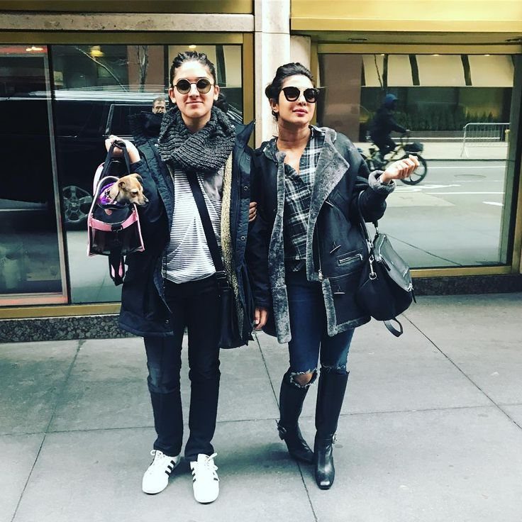 It's that kind of day.. #twinning @puppypanda and @diariesofdiana #nyclife