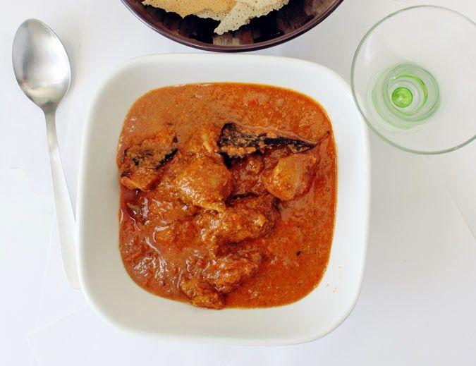 Sindhoora's Kitchen: KORI GHASSI ( MANGALOREAN CHICKEN CURRY)