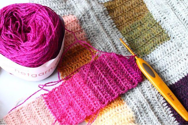 Franck live: Crochet-a-long colours and squares part 1.