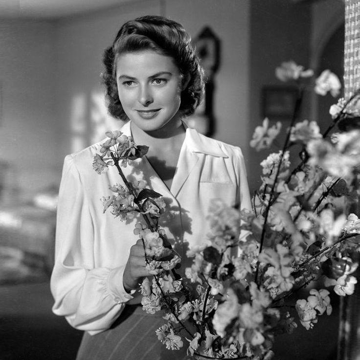 El 29 de agosto de 2015 se cumplen cien años del nacimiento de Ingrid Bergman, la actriz que brilló por su naturalidad. Suecia, su país de nacimiento, y España, recuerdan su figura. http://www.abc.es/estilo/gente/20150829/abci-centenario-ingrid-bergman-201508281918.html