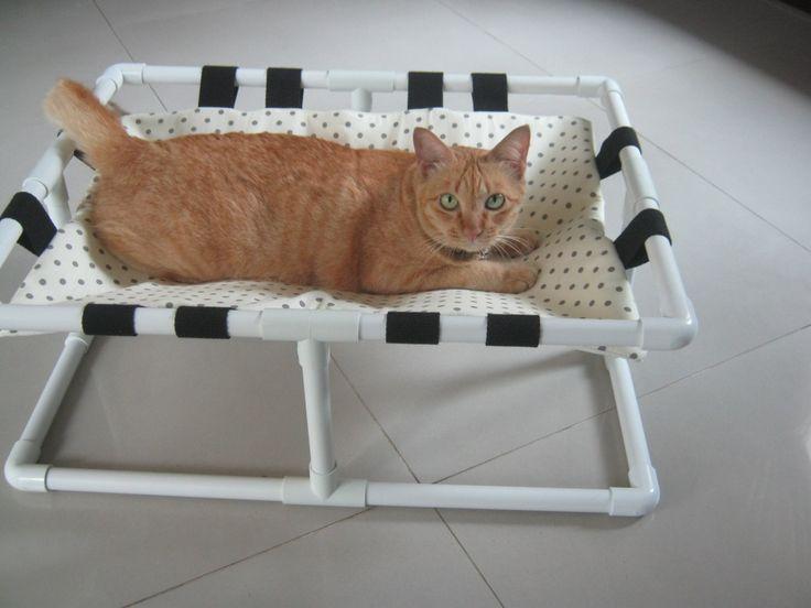 "Cat Bed, Cat Cot, Cat Hammock, Small Pets Hammock, Cat Furniture, Modern Cat Bed, Cat Perch, Designer Cat Bed, 17"" by 23"", Ready to Ship. di ByAdissara su Etsy https://www.etsy.com/it/listing/225036021/cat-bed-cat-cot-cat-hammock-small-pets"