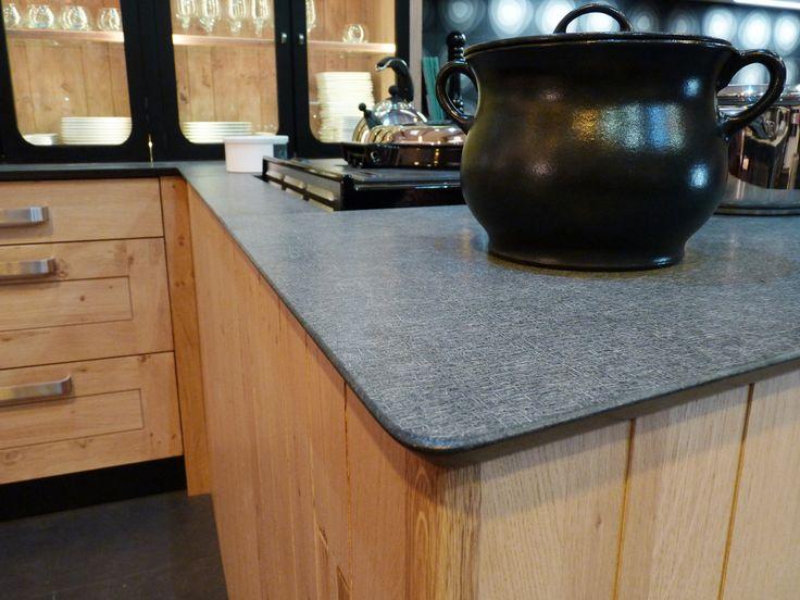 ... Cuisine en granit, Couleurs de granit et Plan de travail céramique
