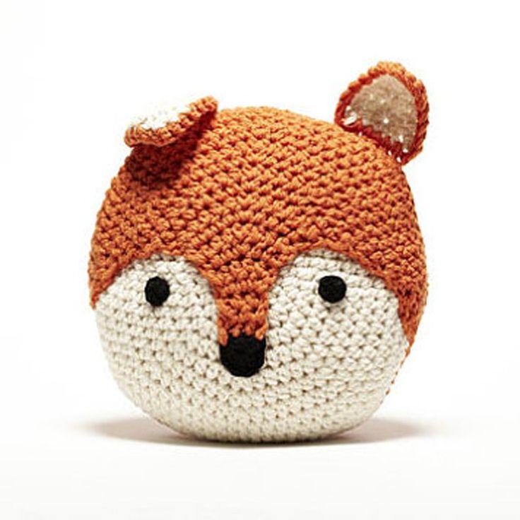 Un coussin renard en crochet - Marie Claire Idées