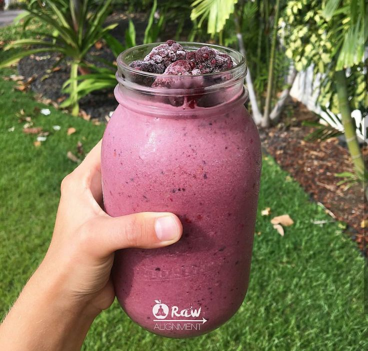 Raw alignments berry smoothie