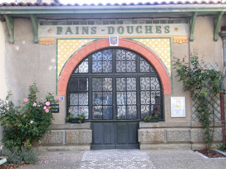 Oud Frans badhuis in Chalabre