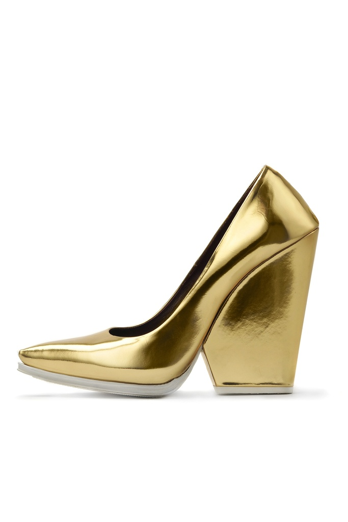 △ celine. I cant breathe over these shoes