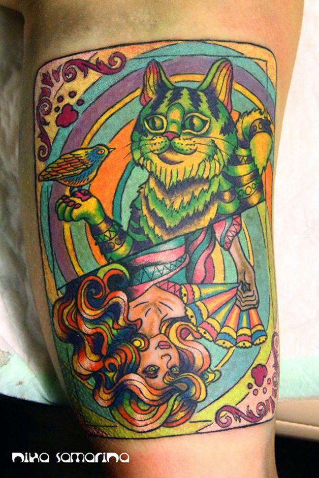 Explosão de cores em tatuagem
