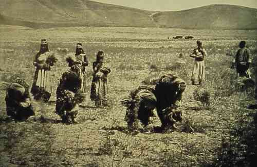 Armenian women near Van