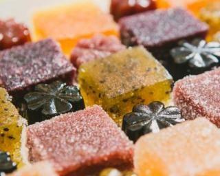 Pâtes de fruits détox sans sucre : http://www.fourchette-et-bikini.fr/recettes/recettes-minceur/pates-de-fruits-detox-sans-sucre.html
