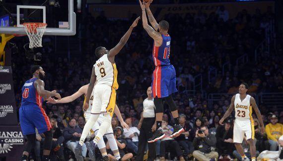 Les Pistons se relancent chez les Lakers -  Après trois revers de suite, Detroit souffle enfin : au Staples Center, les hommes de Stan Van Gundy s'imposent 102-97 et infligent par la même occasion une quatrième défaite consécutive… Lire la suite»  http://www.basketusa.com/wp-content/uploads/2017/01/marcusmorris-570x325.jpg - Par http://www.78682homes.com/les-pistons-se-relancent-chez-les-lakers homms2013 sur 78682 home