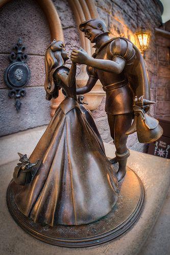 Sleeping Beauty & Prince Philip Statue - Disneyland
