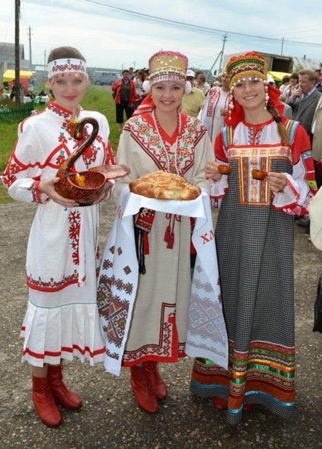 Mordvin folk costumes