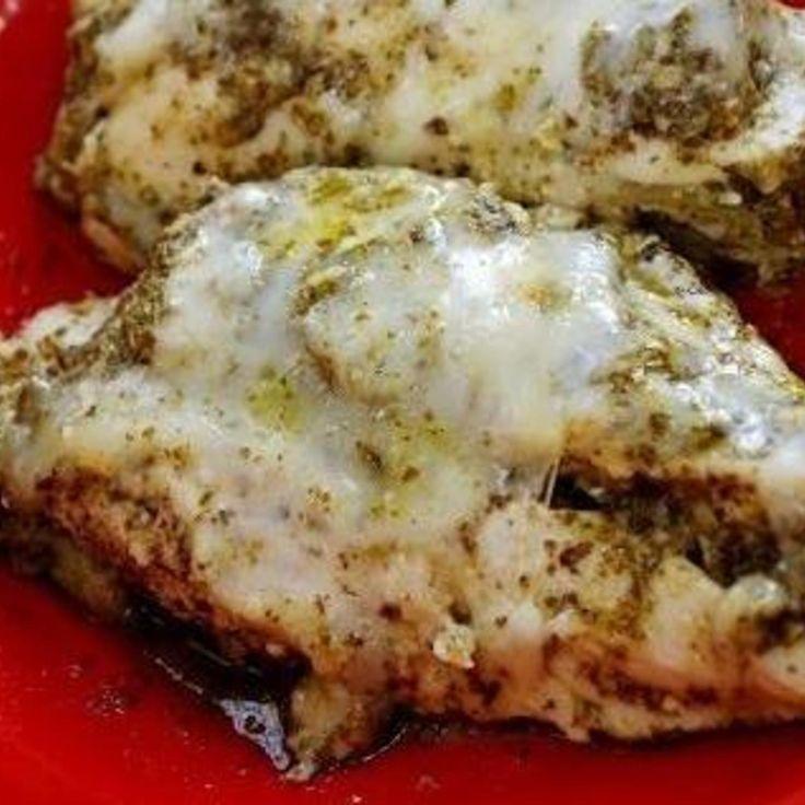 Mozzarella & Pesto Chicken In A Crock Pot 6-8 boneless skinless chicken breast 6 1/2 oz pesto 1.5 - 2 c chicken broth 1 pkg ranch powder mix 1 1/2 stick butter 1 c mozzarella cheese
