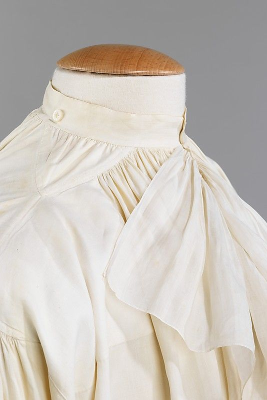 Detail from 1780s French Linen men's shirt. Gussets below the arm were used to allow freedom of movement while the gusset on the shoulder assisted with fit, allowing the fabric to not pull tightly through the neck and chest.