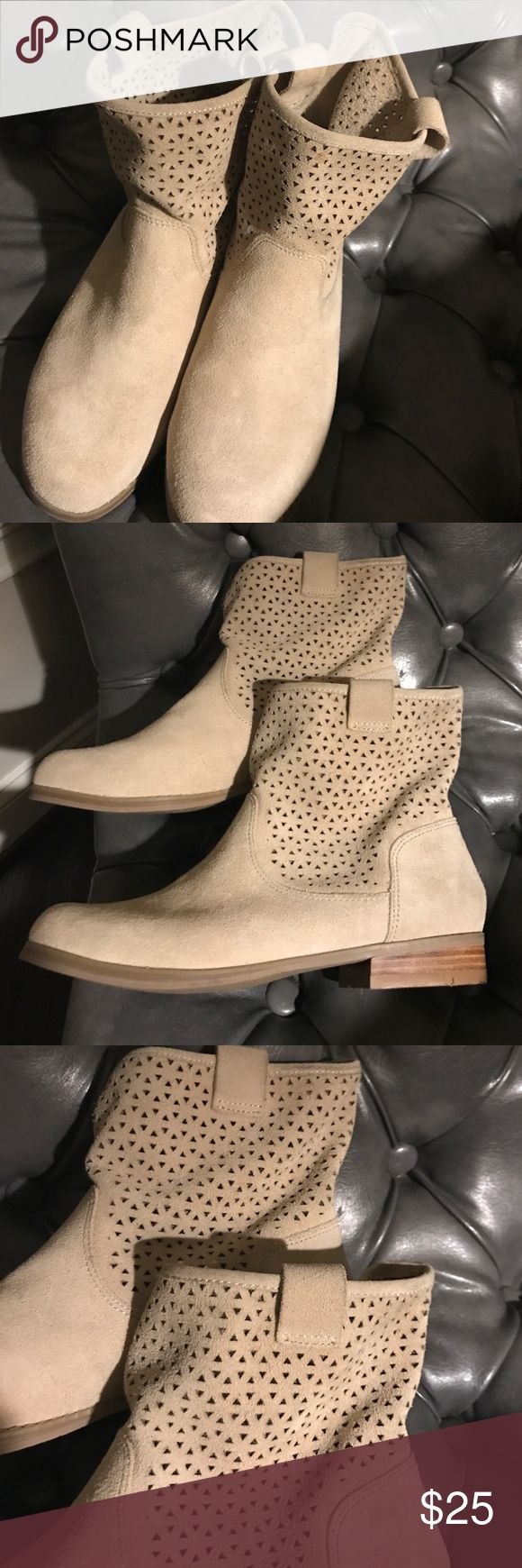 Sole Society, size 8 beige boot Worn once in excellent condition.  Leather Suede upper.  Size 8. Sole Society Shoes Ankle Boots & Booties