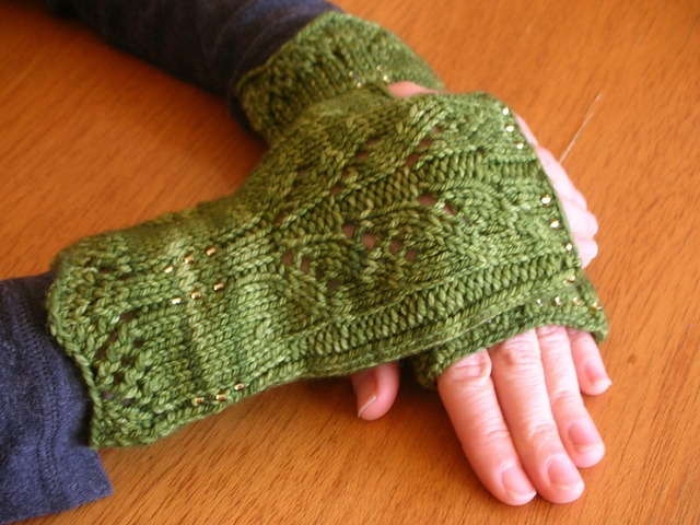 Climbing Leaves Fingerless Gloves pattern by Michelle Maurer Beats, Pattern...