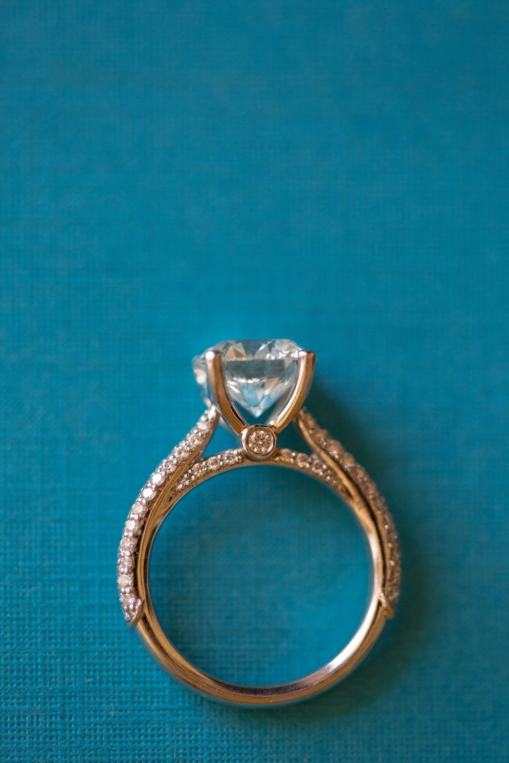 intricate engagement ring / Photography by Stephanie Fay