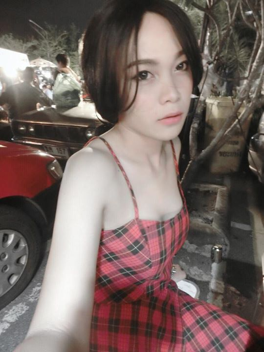 Asian ladyboy smoking-8765