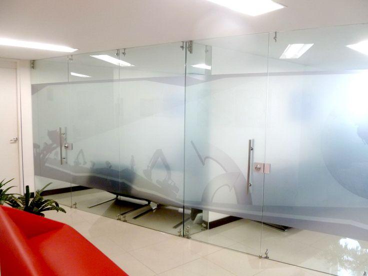 Divisiones para oficinas cristal ofi pinterest for Divisiones para oficina