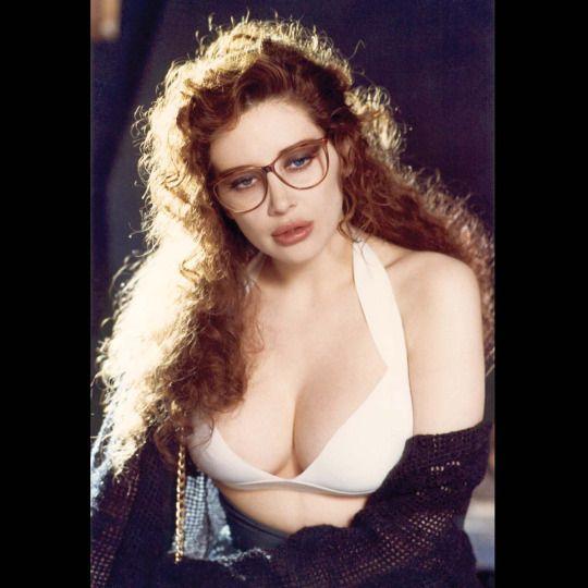 Francesca Dellera fan page