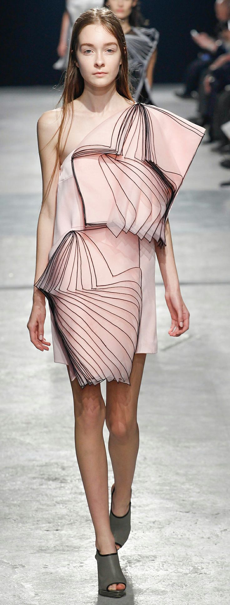 Christopher Kane - Fall 2014