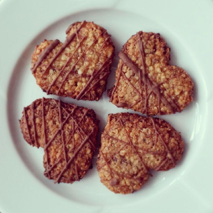 Vánoční cukroví - ořechová srdíčka