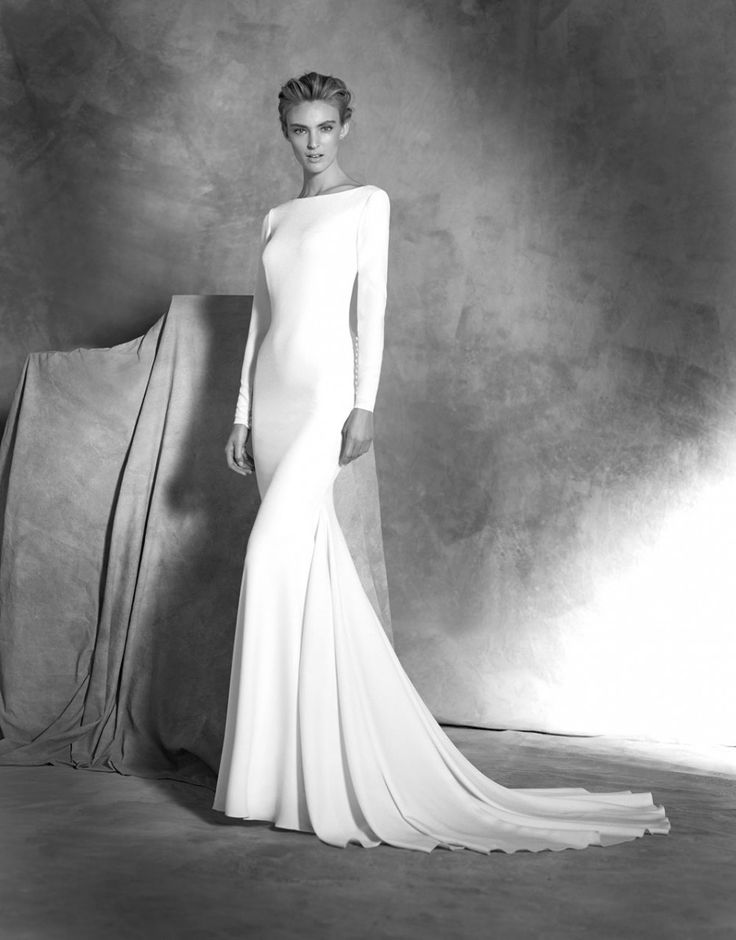 Clean lines and unfussy fabrics make this new collection of wedding dresses from Atelier Pronovias the embodiment of minimalist chic.