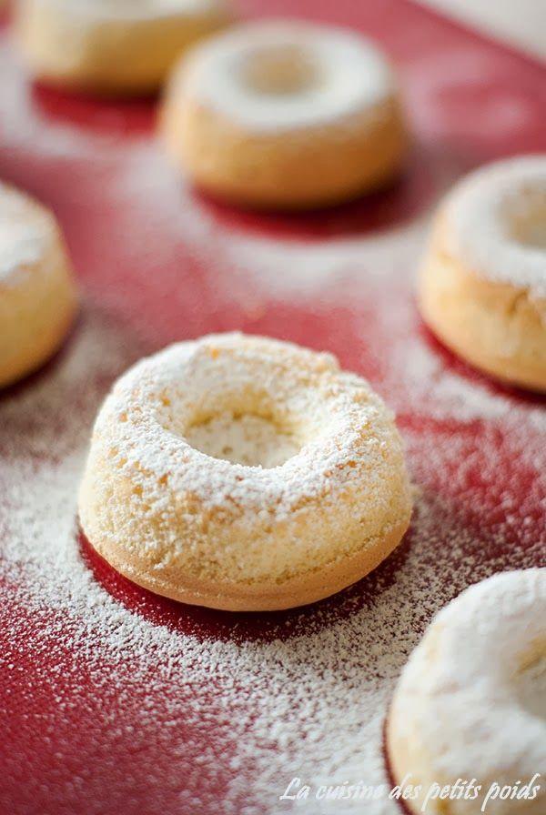 La cuisine des petits poids: Moelleux à la vanille et au coulis de mangue