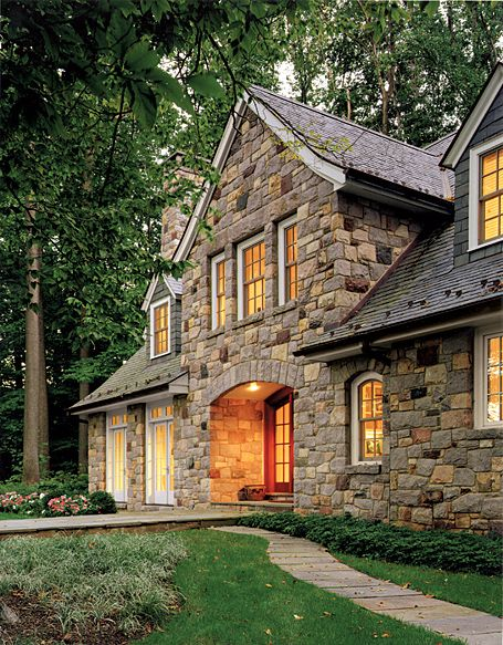 25 best ideas about stone houses on pinterest stone for Brick and stone house facades