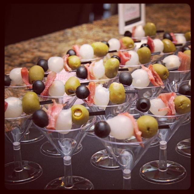 Martini Appetizers via @HostessTori