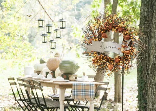 Fall decorating ideas for an outdoor dinner party diy Fall decorating ideas for dinner party