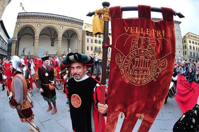 Photo by Mauro Sani - Trofeo Marzocco 2014 Piazza della Signoria FIRENZE  http://www.sbandieratorivelletri.it