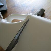 Cut milk carton, para hacer aretes: Plastic Bottle, Milk Bottle