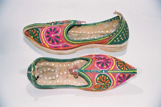 индийская обувь: 23 тыс изображений найдено в Яндекс.Картинках