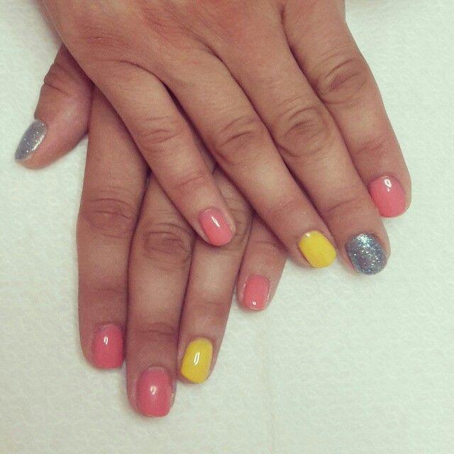 Nails multicolor